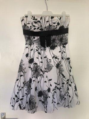 Vestido estilo flounce negro-blanco