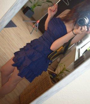 Schulterfreies Sommerkleid