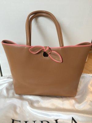 Schultertasche von Furla aus Leder in beige/rosa mit kleiner Zierschleife