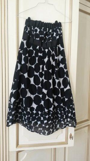 schultetfreies kleid schwarz /weiß von Zara!