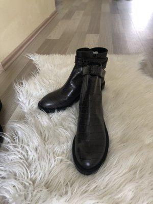 Schumacher Boots