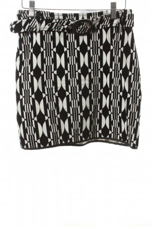Schumacher Miniskirt black-white abstract pattern street-fashion look