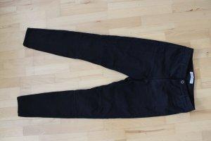 Schwarnze Skinny Jeans, Röhrenjeans, Größe 40