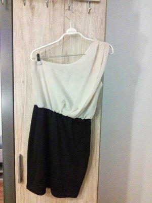 Schwarz-apricot Kleid von Amisu