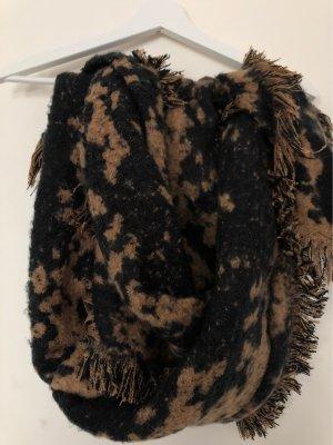 Schwarz-braun gemusterter Schal