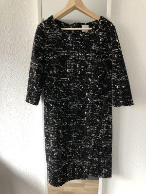 Schwarz gemustertes Kleid in L
