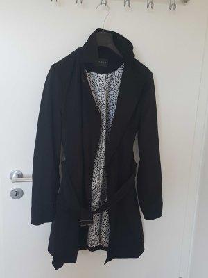 Schwarz glänzender Trenchcoat
