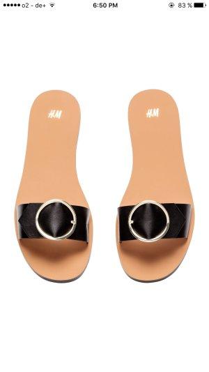 Schwarz / Gold slides/ Schlappen / sandalen