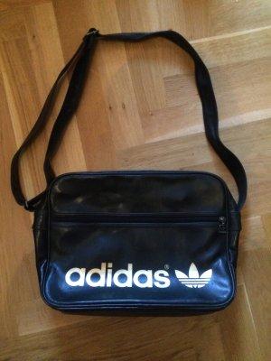Schwarz-Goldene Adidas Tasche