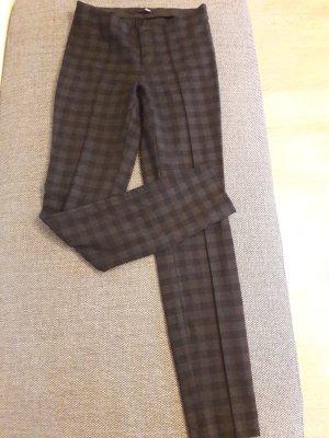 schwarz-grau-karierte Hose von MAC