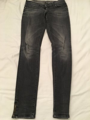 Schwarz-graue Jeans