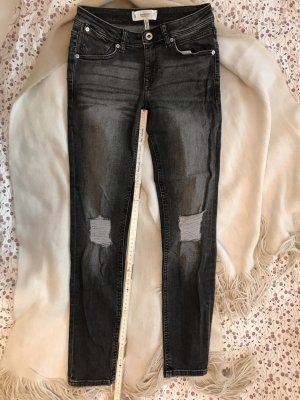 Schwarz graue Jeans ripped