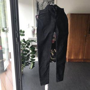 Schwarz graue Mango Jeans
