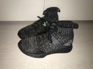 Schwarz, graue Sneaker von Puma