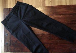 Schwarz Hose mit Bügelfalte