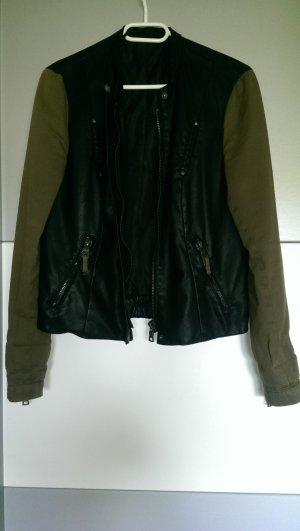 schwarz/khakigrüne Kunstlederjacke