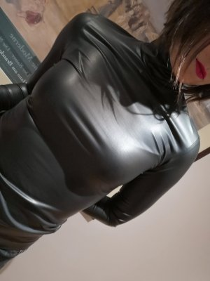 Schwarz Leder look top, wetlook top neu mit Etikette Gr S