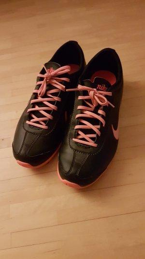 Nike Sneakers zwart-neonoranje