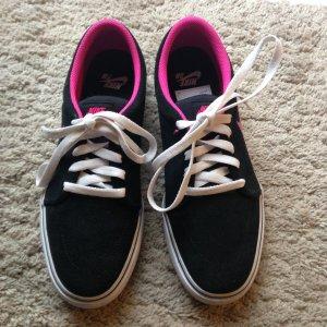Schwarz/ Pinke Nike Sneake Gr 41/42