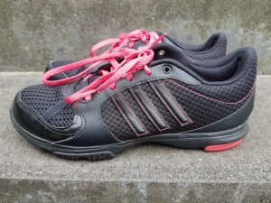 Adidas Basket noir-rose
