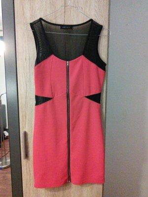 Schwarz-rotes Kleid von Amisu