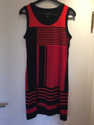 Schwarz rotes Sommerkleid von Yessika