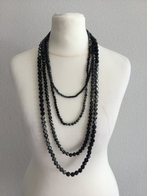 Schwarz/silberne Halskette