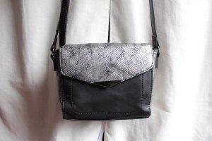 Schwarz Silberne Umhängetasche mit Muster