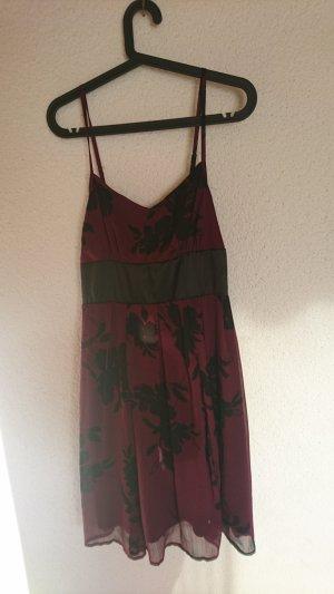 schwarz violettes Kleid