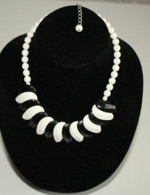 schwarz weiß Collier Vintage