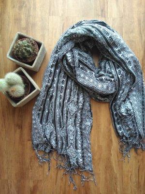 Schwarz weiß gemusterter Schal von H&M