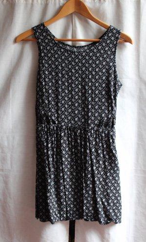 Schwarz Weiß gemustertes Kleid mit Cut Outs
