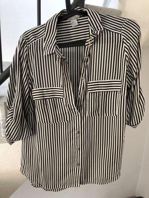 Schwarz - weiß gestreifte Bluse