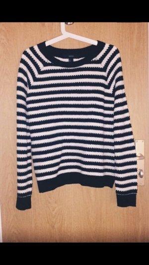 Schwarz-weiß gestreiften Pullover von Forever21