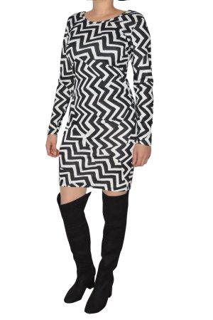 Schwarz-Weiß gestreiftes Kleid