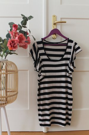 Schwarz-weiß gestreiftes Kleid Eng anliegendes Kleid