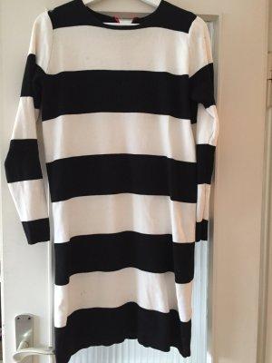Schwarz weiß gestreiftes Kleid von COS