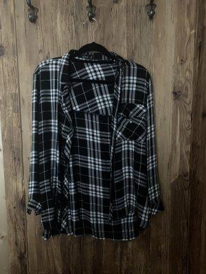 schwarz/weiß kariertes Hemd bershka