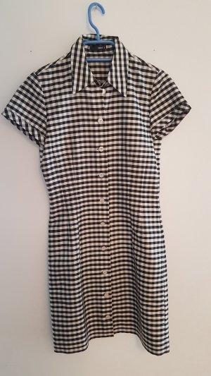 schwarz-weiß kariertes Seidenkleid von Jakes