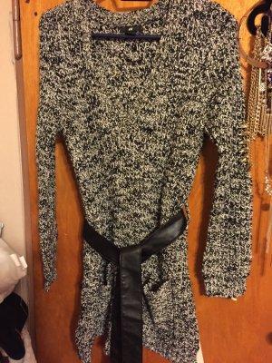 schwarz-weiß meliertes Kleid aus Strick von H&M, in der Größe 36