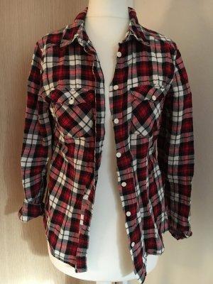 Schwarz/weiß/Rote Bluse