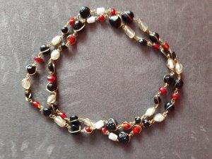 Schwarz-weiß-rote Halskette aus Steinchen, NEU