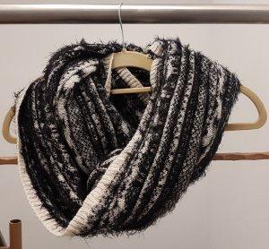 schwarz-weiß Rundschal von H&M