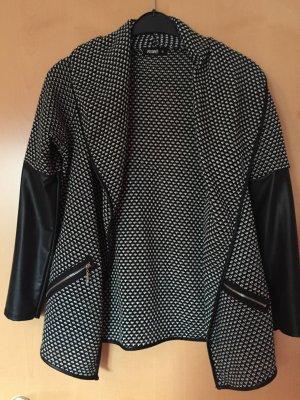 schwarz/ weiße Jacke von Hollys, Größe A