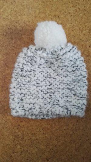 schwarz weiße Mütze - NEU