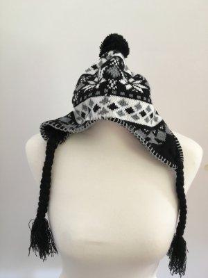 Schwarz-Weiße Pudelmütze