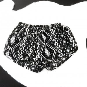 Schwarz Weiße Shorts Zara