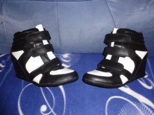 schwarz weiße Sneakers mit Keilabsatz Gr. 41 NEU von Jumex