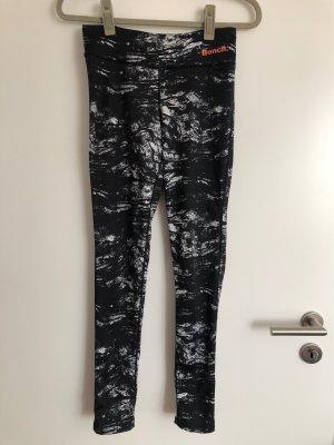 Bench pantalonera blanco-negro