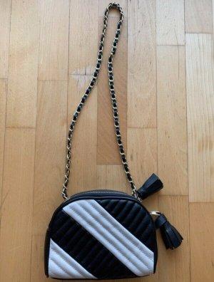 Schwarz-Weiße Zara Umhänge Tasche